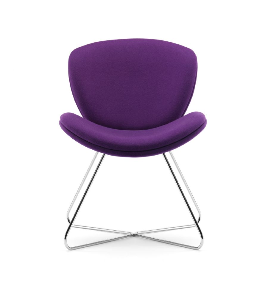 SLITE UPHOLSTERED VISITOR CHAIR ON CHROM...